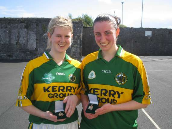 /photos/cache/kerry-handballers/lisa-falvey-and-caitriona-casey-lid-all-ireland-winners-40x20-2010_w800.jpg