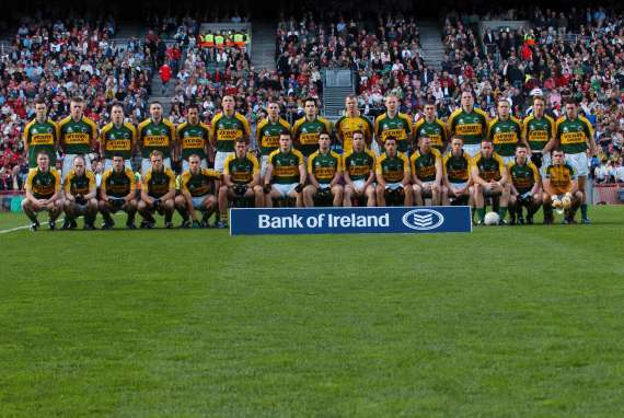 /photos/cache/kerry-teams/2007team_w800.jpg
